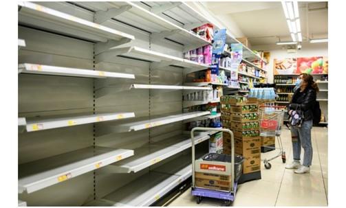 Virus corona - Covid-19: Cư dân Hồng Kông đang hoảng loạn mua giấy vệ sinh sau những tin đồn về sự thiếu hụt do coronavirus