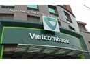 Vietcombank tiếp tục dẫn đầu top 10 ngân hàng uy tín nhất Việt Nam